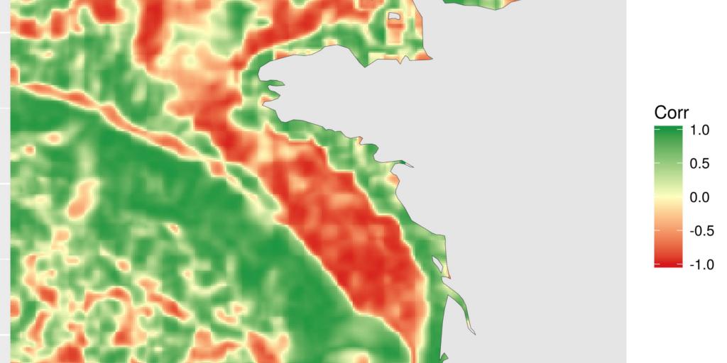 Spatial correlation between rasters · StatnMap